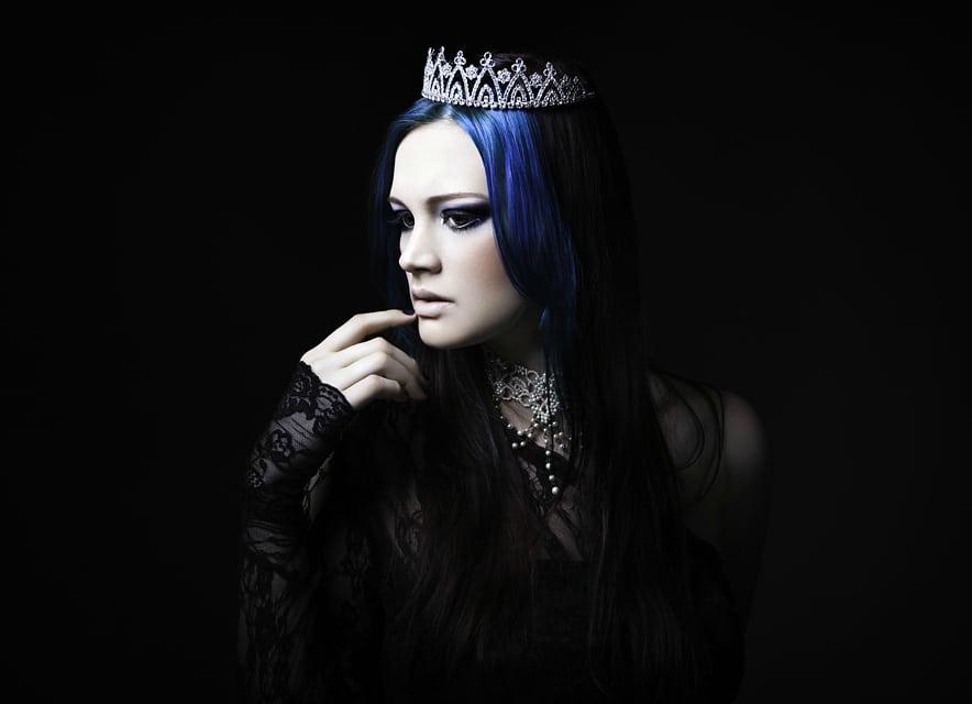 Lividity Magazine premieres issue on gothic arts