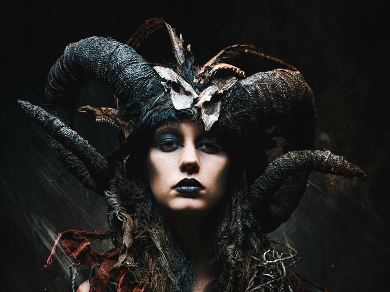 Horror Literature Exorcised Through Paradigmatic Adaptations