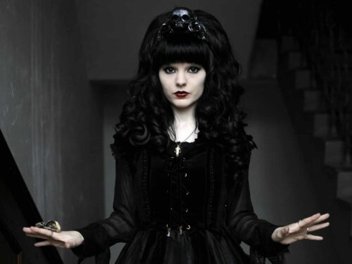 Ghosts Of Madness In The Victorian Gothic Literature