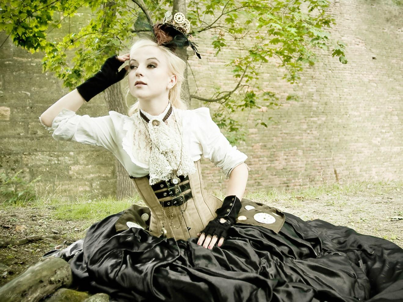 Understanding The Punk Essence In Neo Victorianism