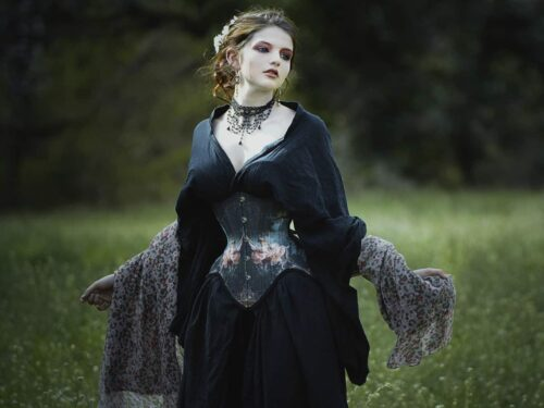 Spiritualism Insights and Victorian Psychology in Gothic Literature