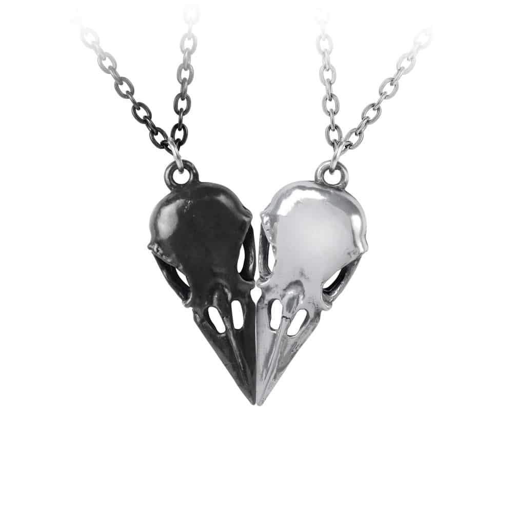 Coeur Crane Pendant