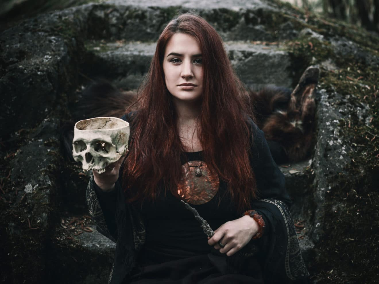 Revolutionizing Victorian Magic to Conquer the Spirits