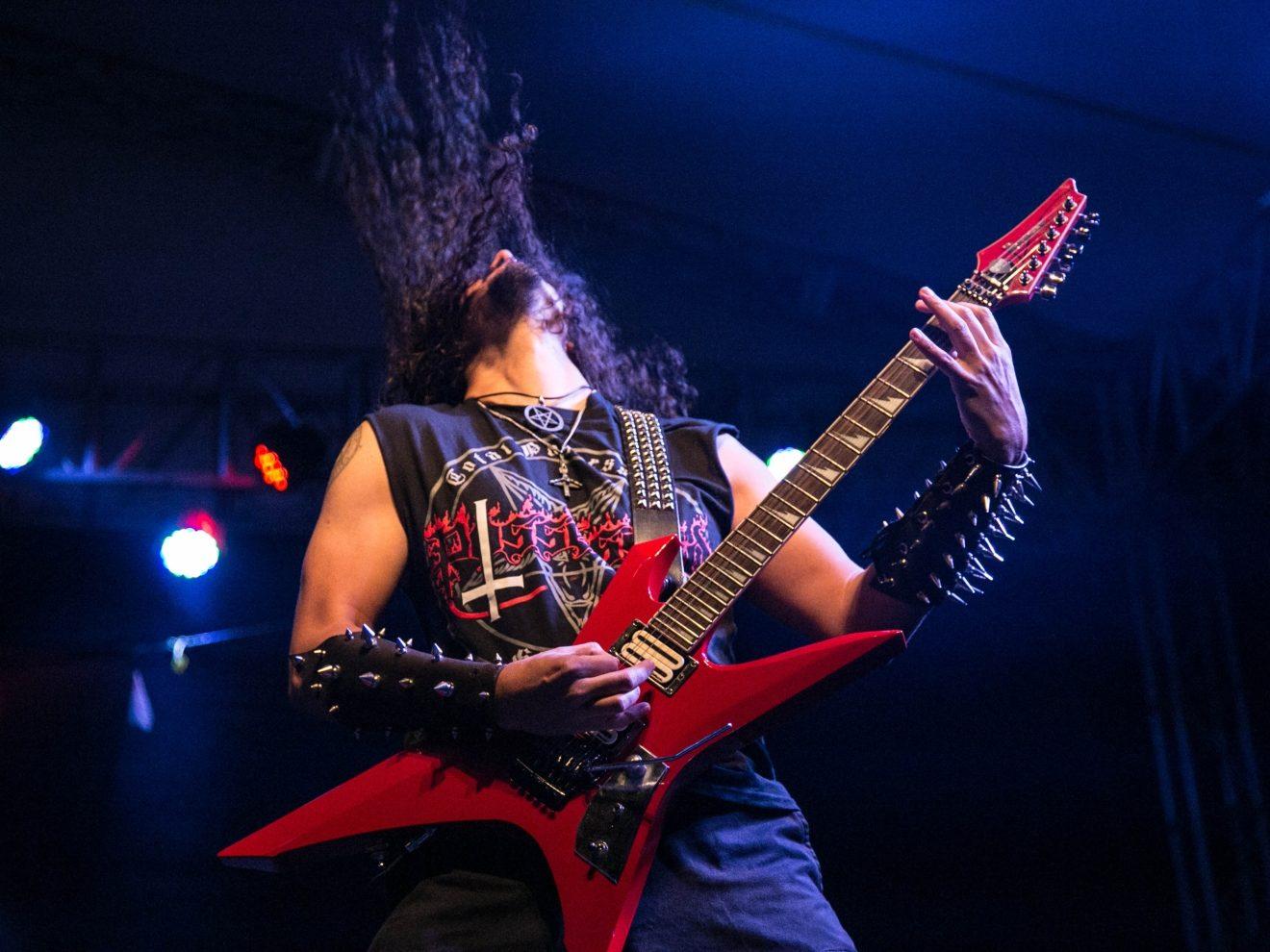 Audible Distinctions Between Black Metal and Death Metal