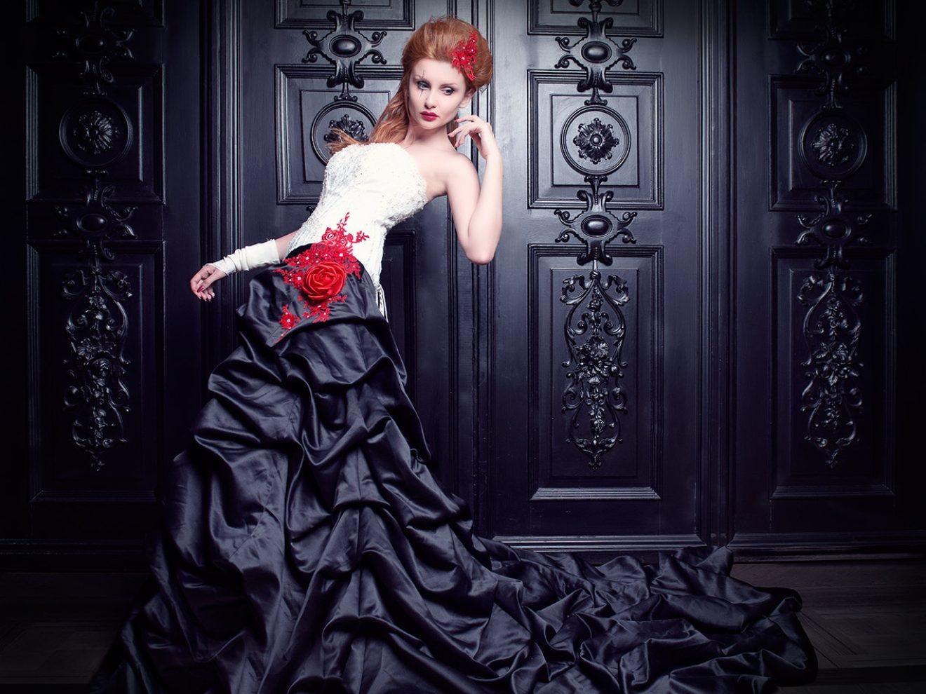 Blood Desires, Vampiric Sexuality, and Heteronormativity