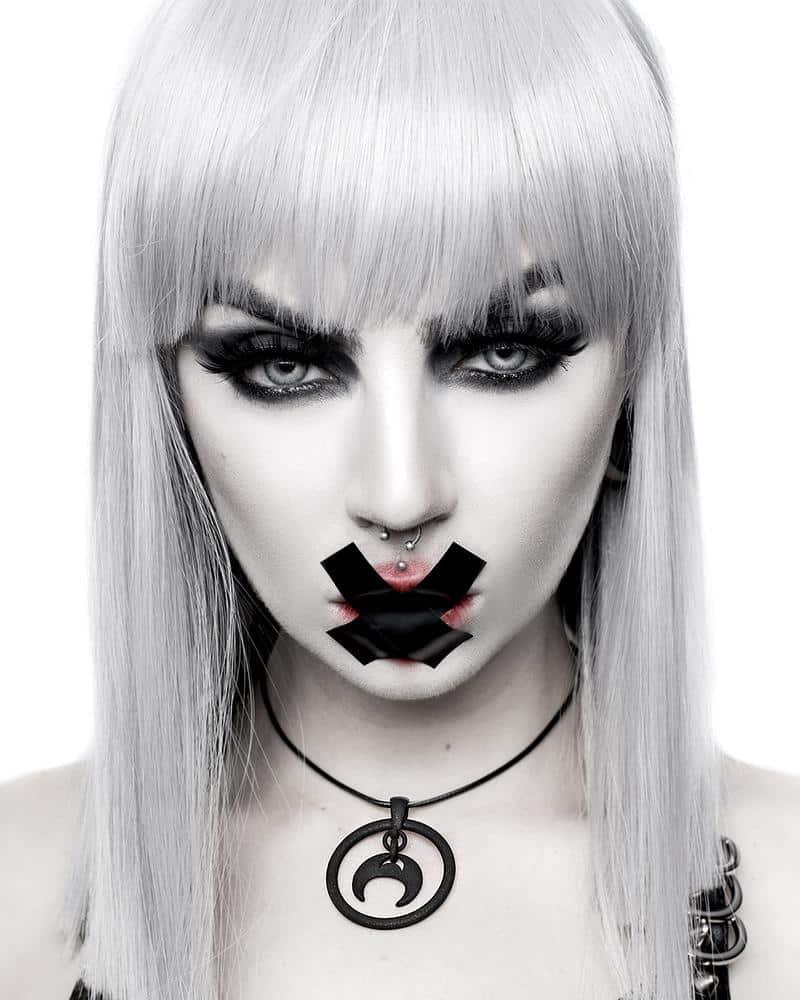 Devotion Choker in Black