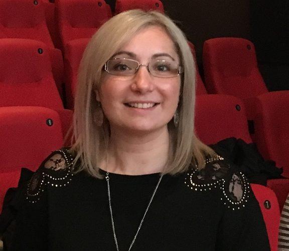 Lorna Piatti-Farnell