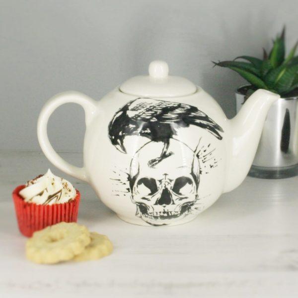 Skull & Raven 6 Cup Teapot