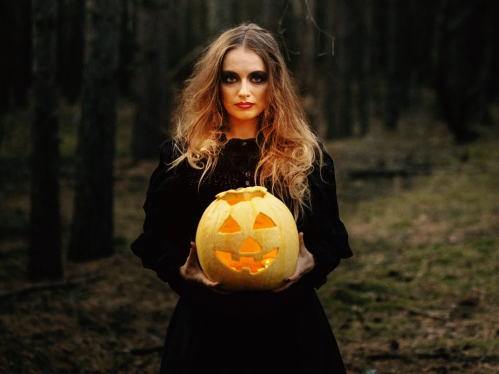 Spectral Pumpkins: Cultural Icons and the Gothic Everyday