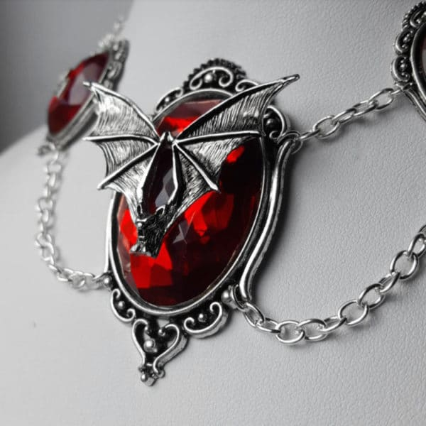 Mina Nocturne Pendant Necklace