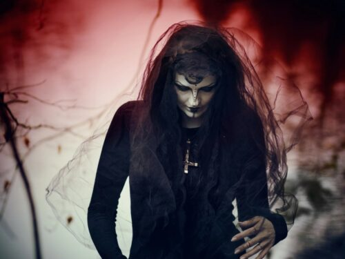 The Origins and Lifestyle Definitions of the Gothic Subculture