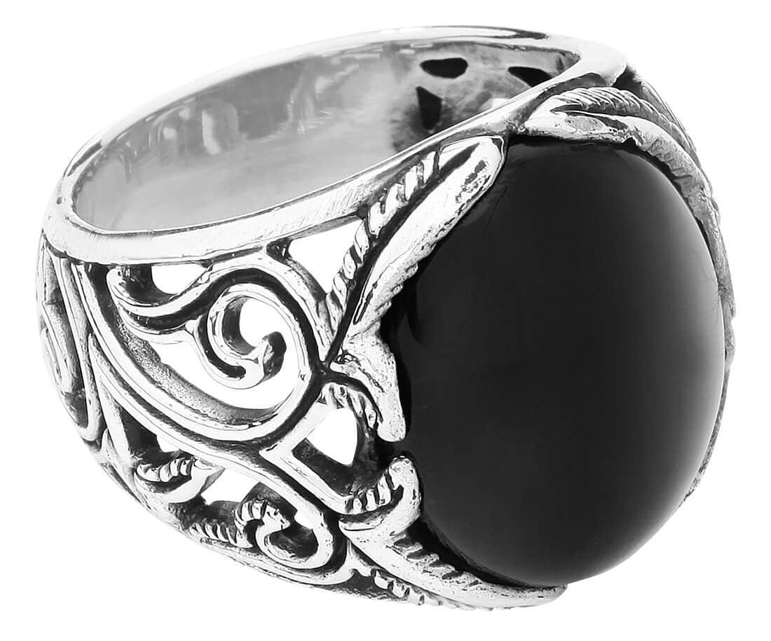 Big Black Ornament Ring
