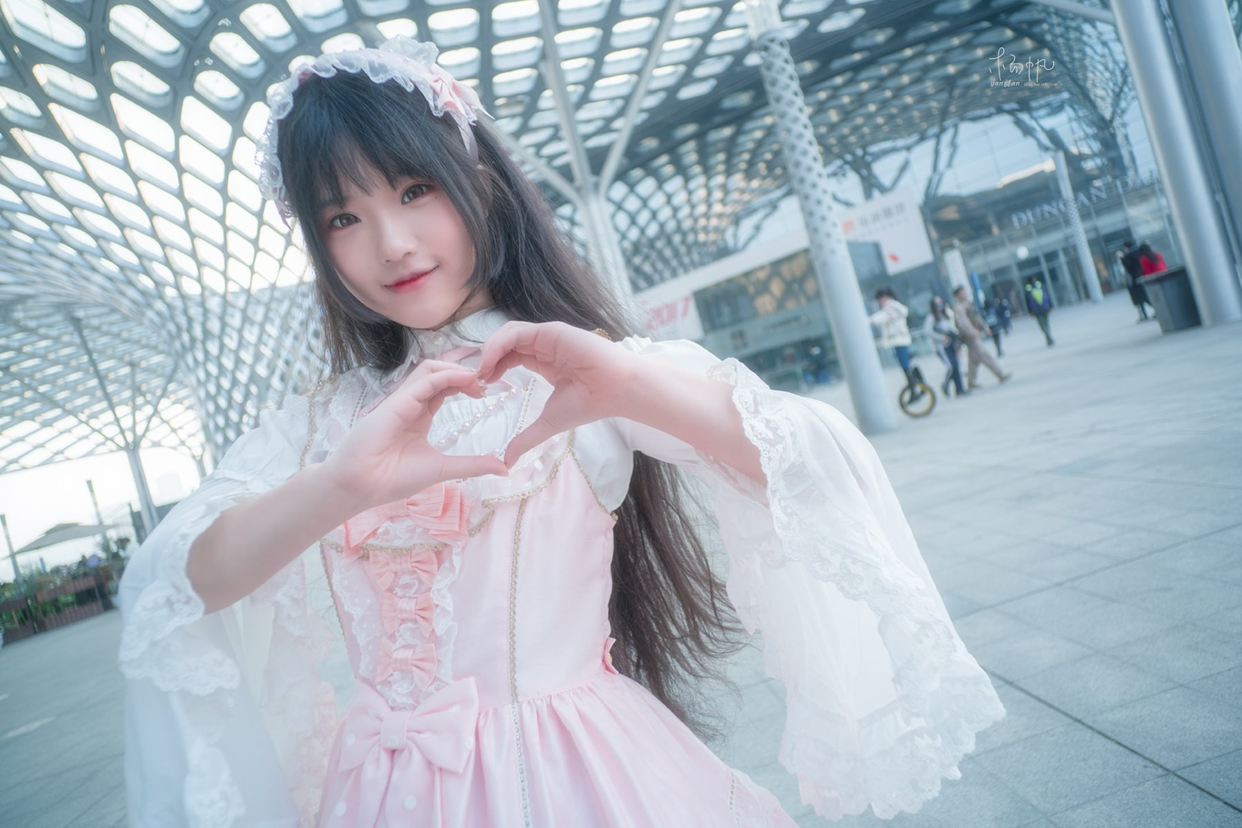 The Japanese Peculiar Subculture of Lolita with a Goth-Loli Focus